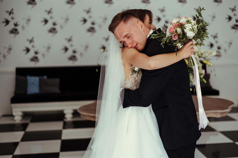 Ślub w plenerze w Białej Wstążce w Czepinie 25