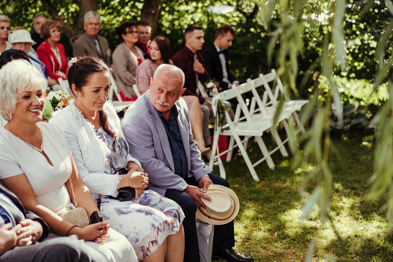 Ślub w plenerze w Białej Wstążce w Czepinie 31
