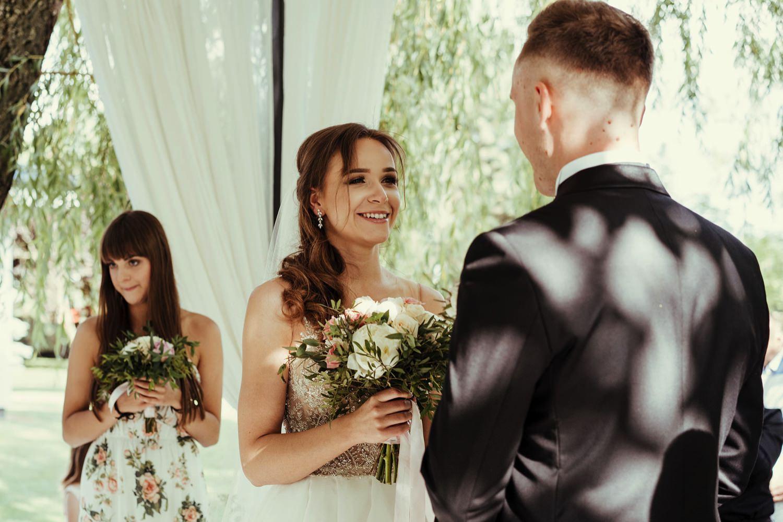 Ślub w plenerze w Białej Wstążce w Czepinie 37