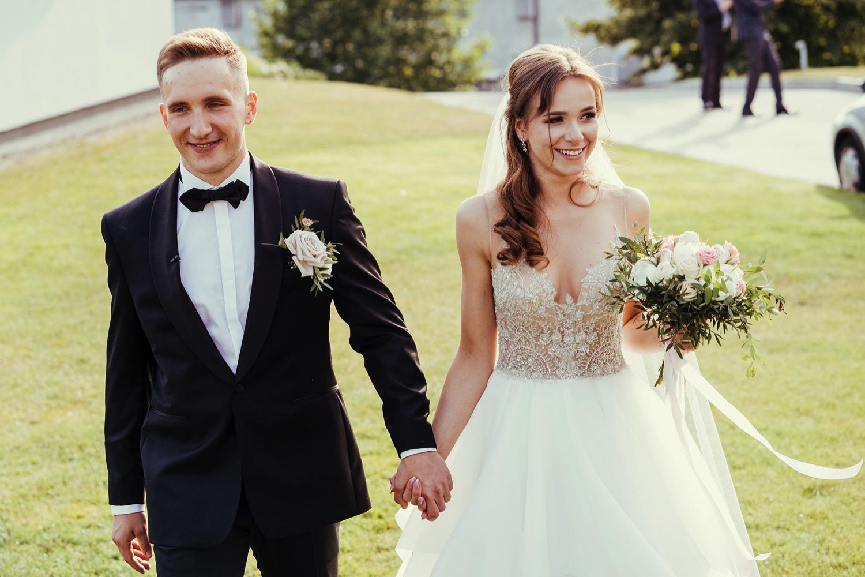 Ślub w plenerze w Białej Wstążce w Czepinie 43