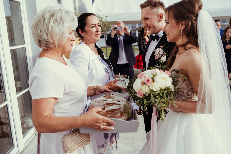Ślub w plenerze w Białej Wstążce w Czepinie 45