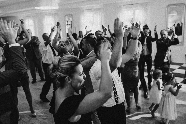 Ślub w plenerze w Białej Wstążce w Czepinie 51