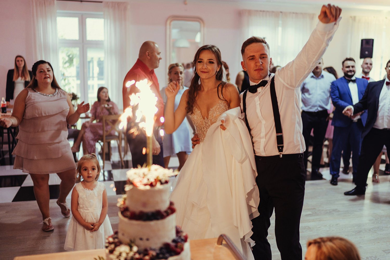 Ślub w plenerze w Białej Wstążce w Czepinie 53