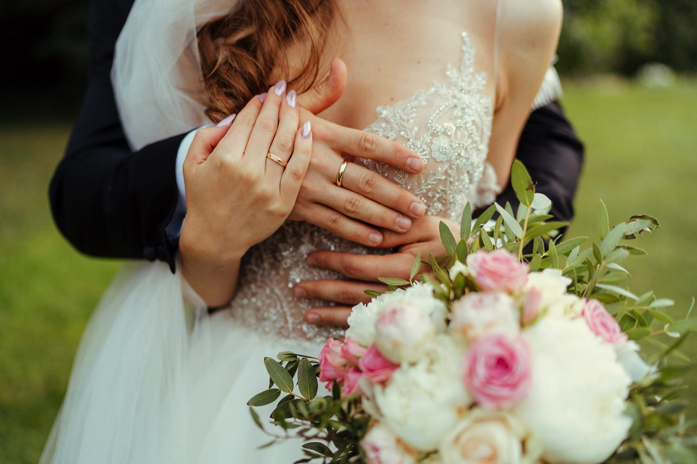 Ślub w plenerze w Białej Wstążce w Czepinie 54
