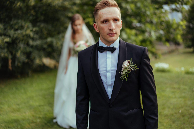 Ślub w plenerze w Białej Wstążce w Czepinie 57