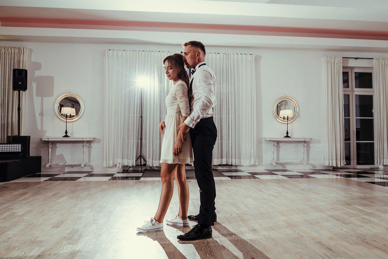 Ślub w plenerze w Białej Wstążce w Czepinie 65