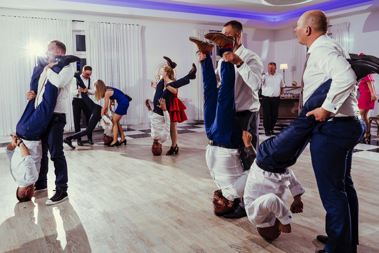 Ślub w plenerze w Białej Wstążce w Czepinie 68