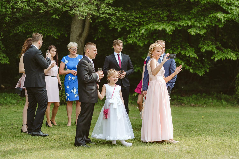 Ślub w plenerze przy lesie Martyna i Olek 18