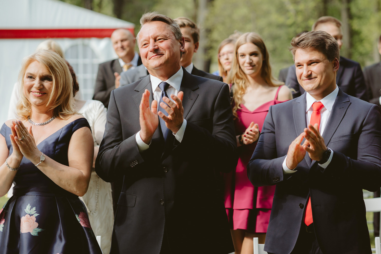 Ślub w plenerze przy lesie Martyna i Olek 25