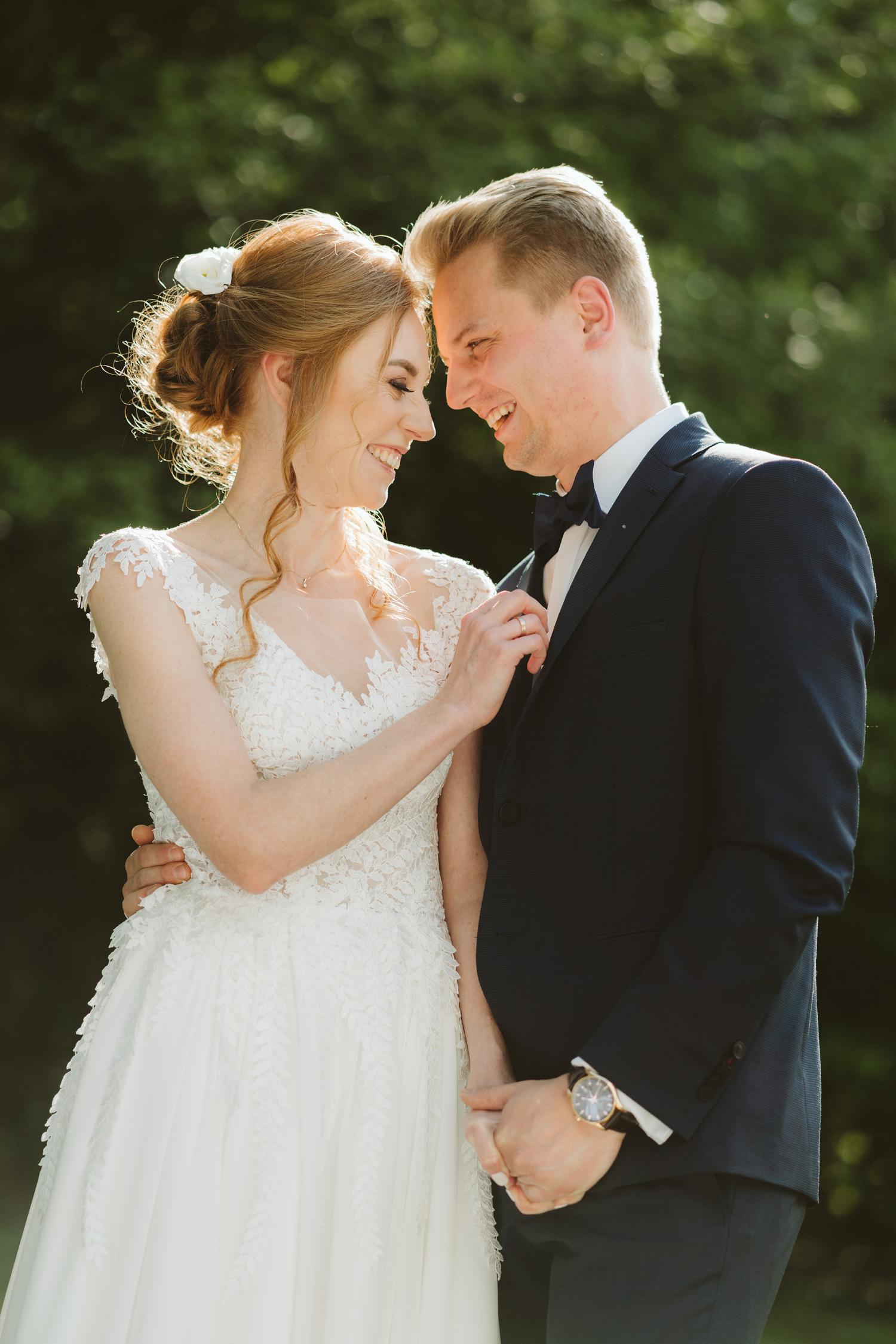 Ślub w plenerze przy lesie Martyna i Olek 29