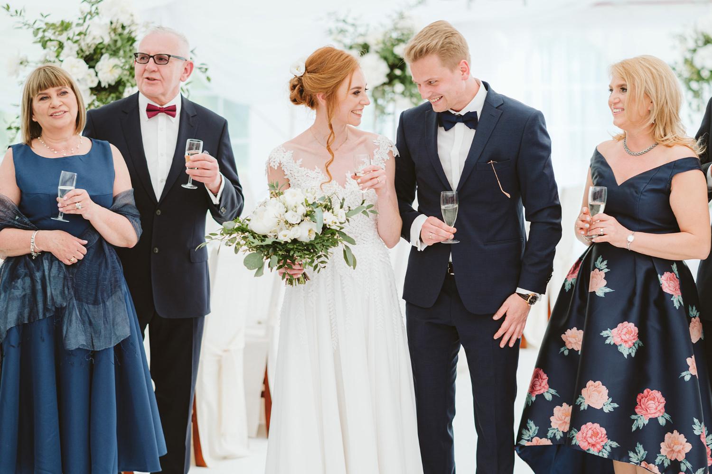 Ślub w plenerze przy lesie Martyna i Olek 39