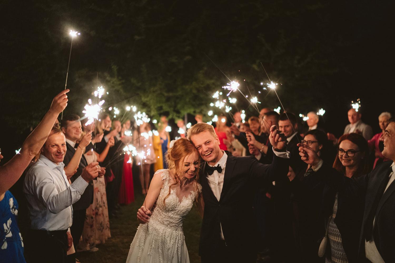 Ślub w plenerze przy lesie Martyna i Olek 62